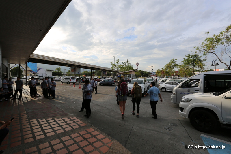 チェンマイ空港 タクシー乗り場