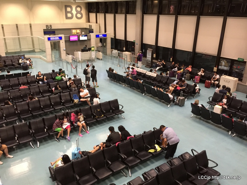 桃園空港 搭乗ゲートB8