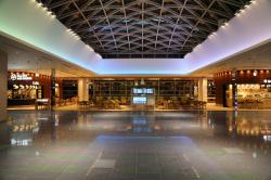 羽田空港国際線 24時間営業フードコート
