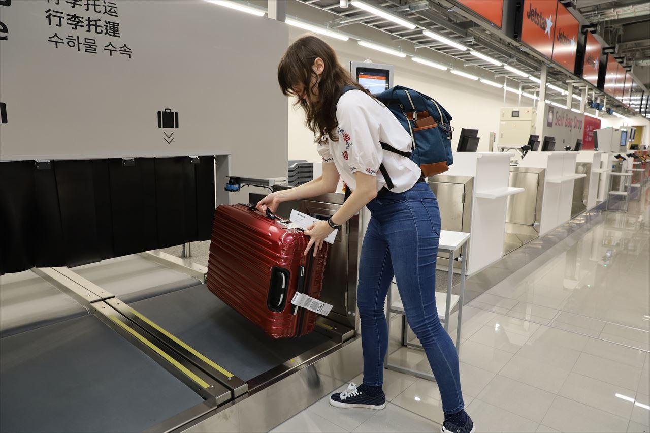 自動チェックイン&手荷物預入機 端末操作デモ