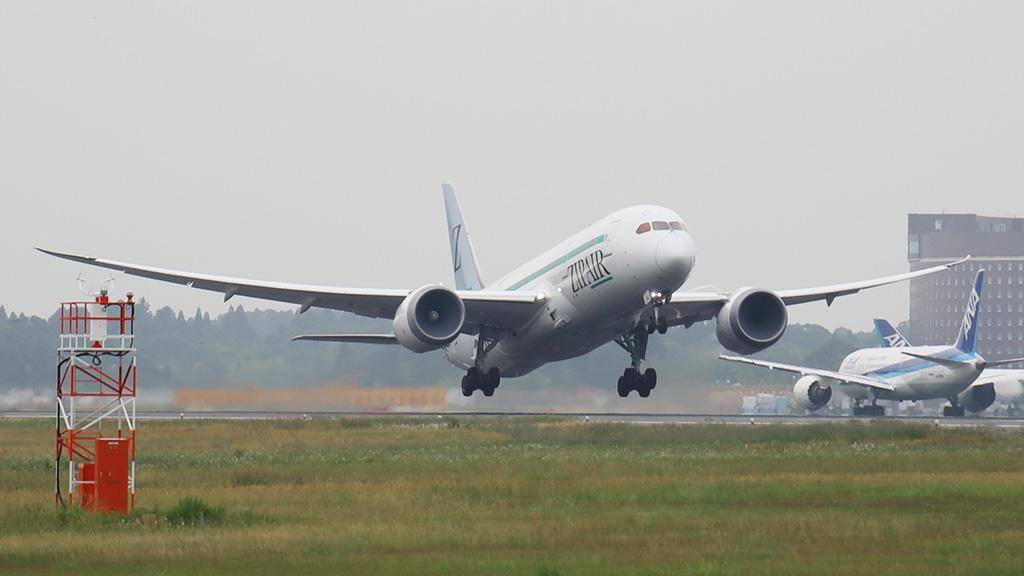 ジップエア 貨物便 初便 バンコクへ