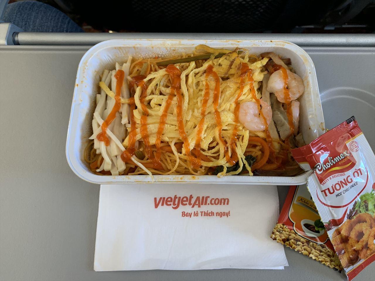 ベトジェットエア機内食 シンガポール風ヌードル(チリソース後)