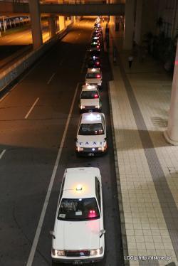 タクシー行列