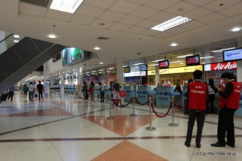 チェンマイ空港 チェックインカウンター
