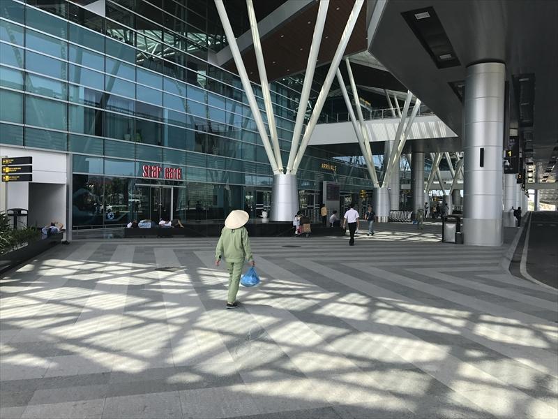 ダナン第2ターミナル到着ロビー