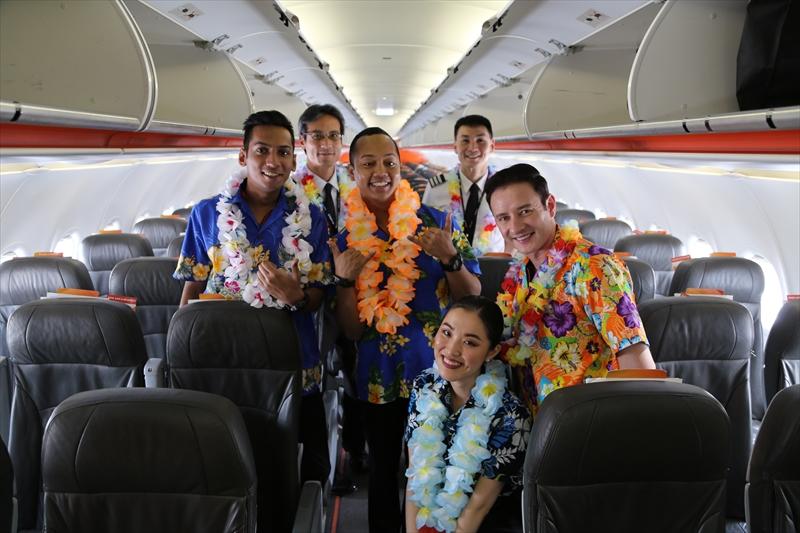ジェットスターアジア航空 3K792便 初便クルーのみなさん