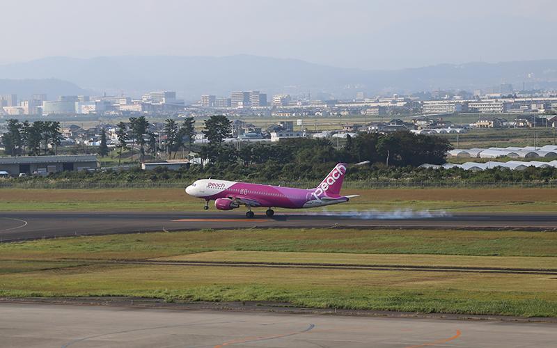 台北から仙台空港に到着したMM776便