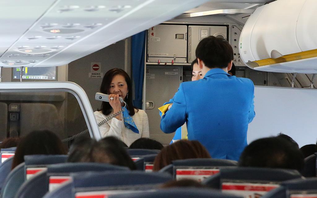初便搭乗客にご挨拶