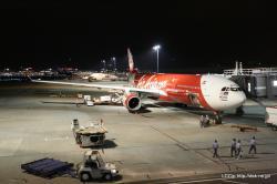 羽田に到着したエアアジアXの機体