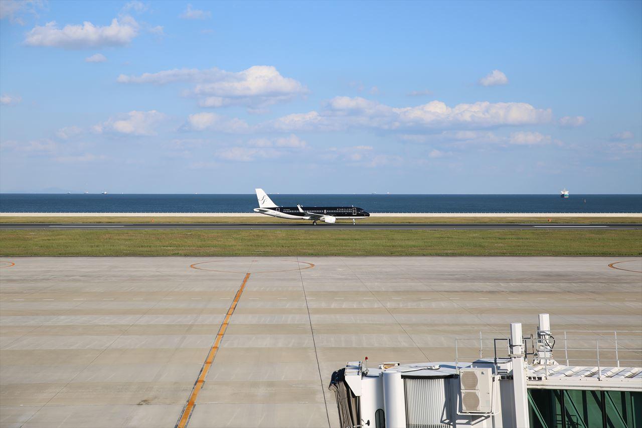 台北からの7G800初便が北九州に到着