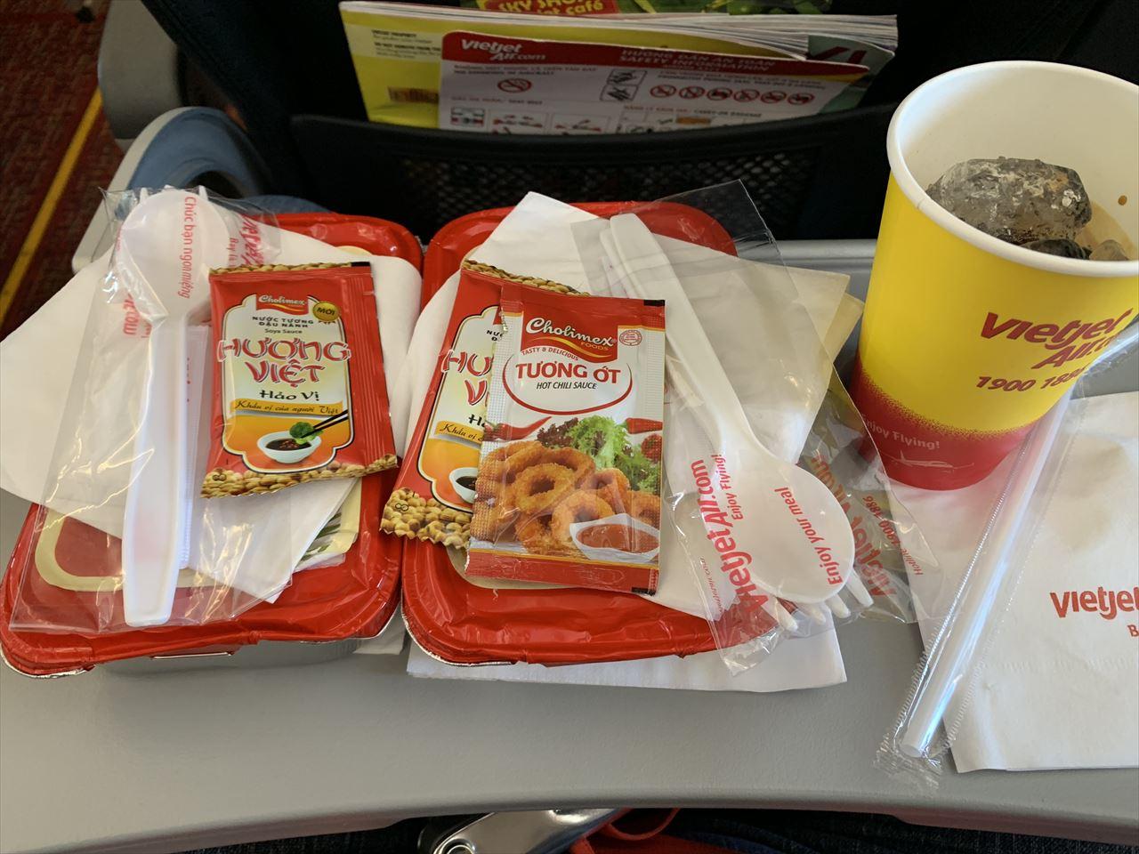 ベトジェットエア 追加した機内食