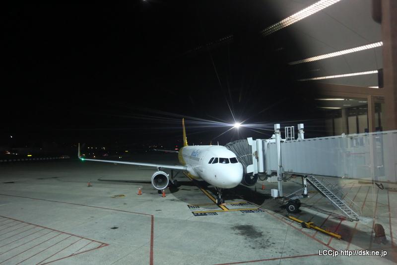 台北空港に到着しているバニラエア機