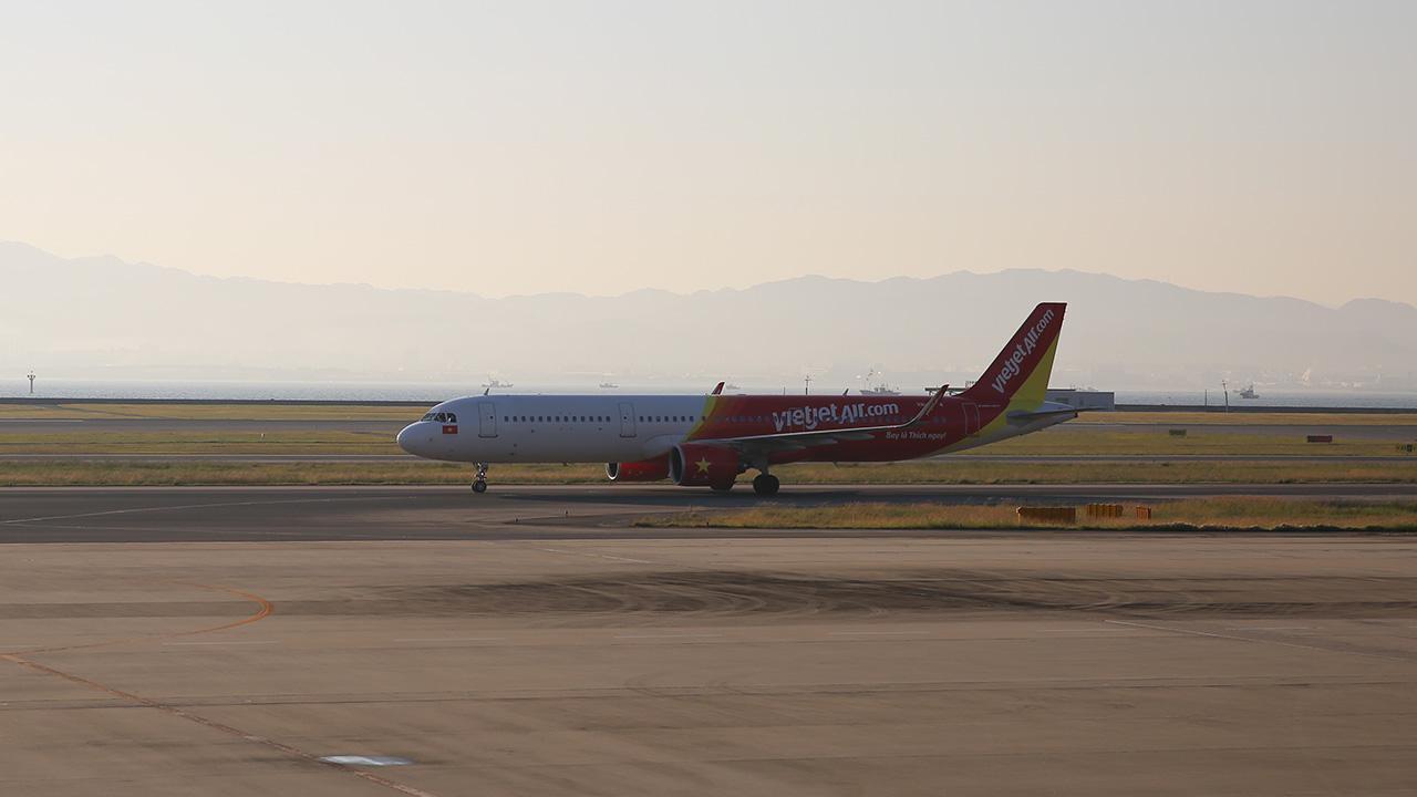 関西空港に到着したベトジェットエアVJ938初便