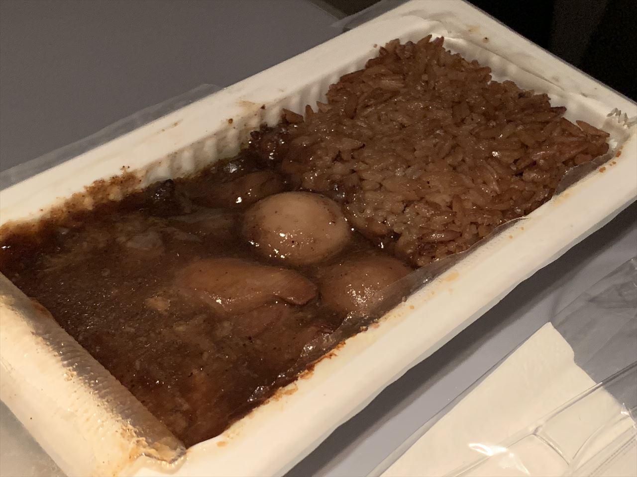 ノックスクート 機内食 醤油鶏飯