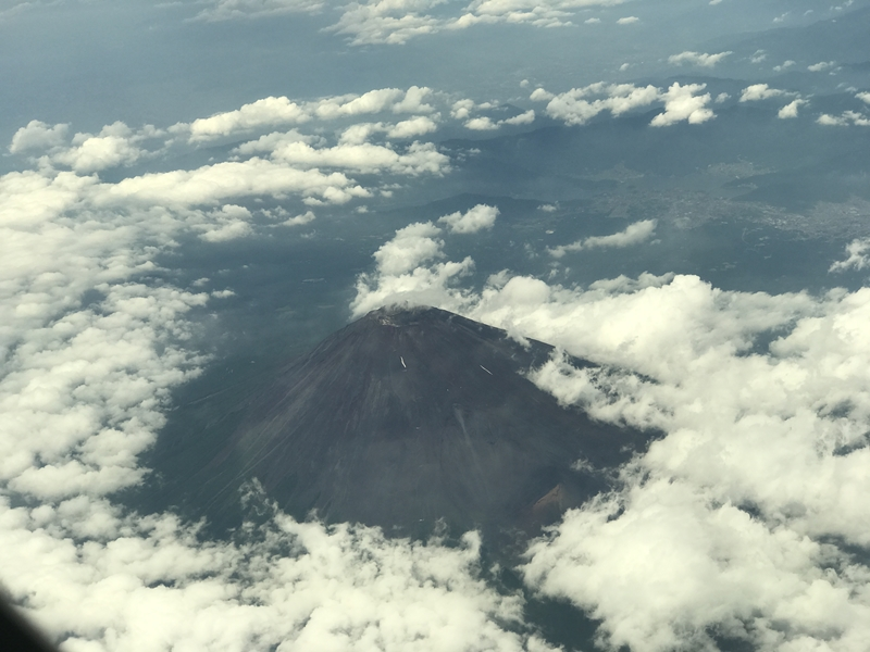 SCOOT機内から富士山上空