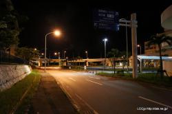 深夜の那覇空港外