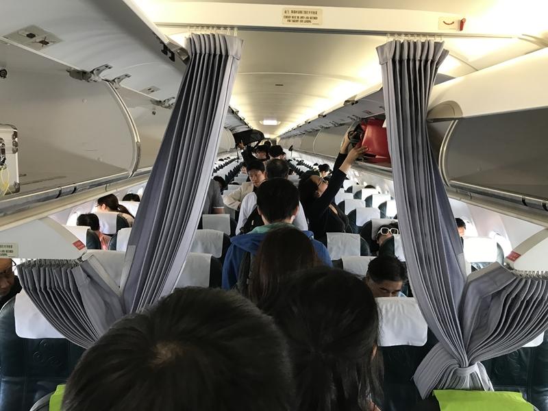 春秋航空 9C8987便機内