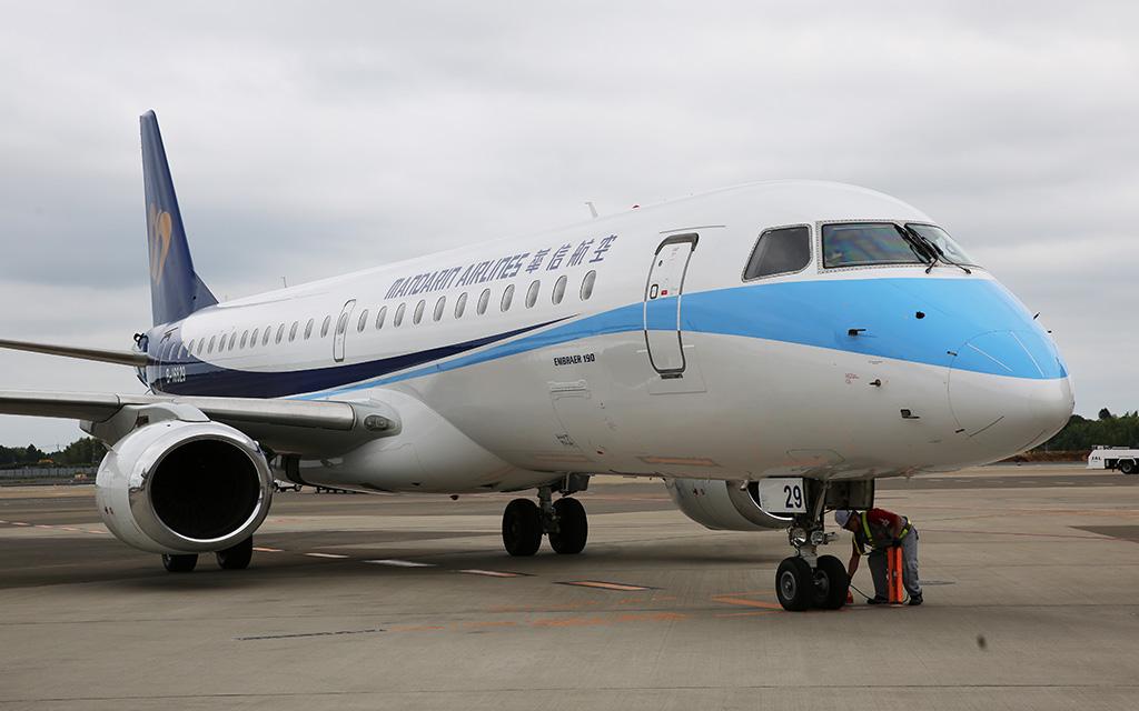 台中から成田に到着したAE266便